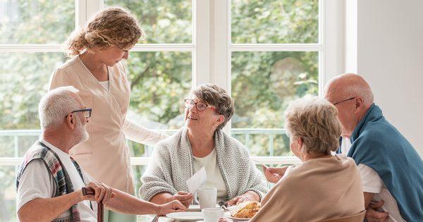 L'accueil de jour : une solution pour le maintien à domicile ?